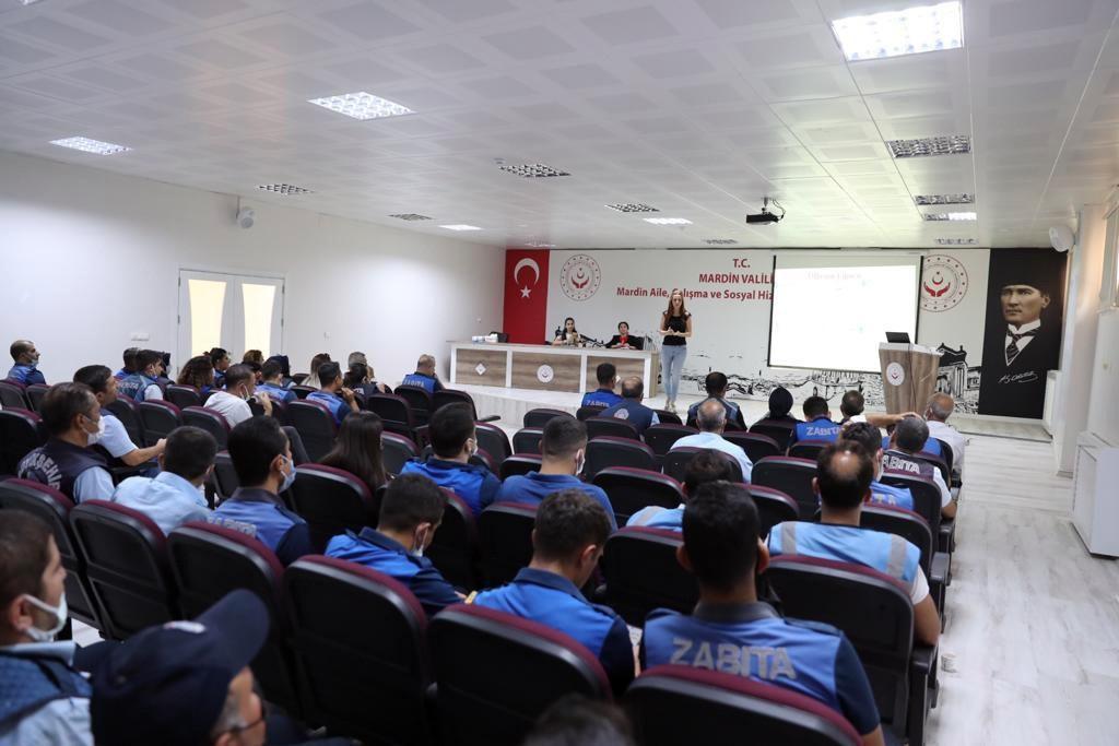 Mardin'de Zabıtaya iletişim ve öfke kontrolü eğitimi verildi