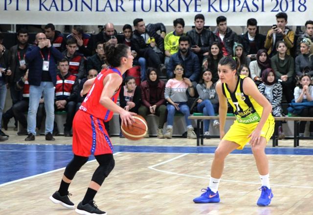 Hatay Büyükşehir Belediyespor yarı finalde