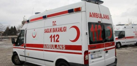 Çocukların üzerine kilitli parke taşı düştü: 2 yaralı