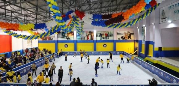 Buz Pateni Pisti kapanış programı düzenlendi