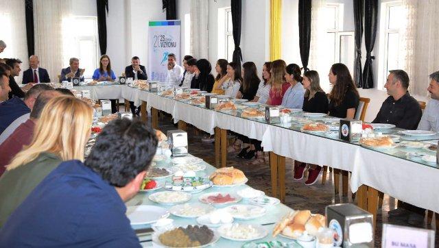 """Mardin'de """"Eğitim Liderleri ile Buluşuyoruz Projesi"""""""
