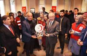 """""""Kızılay Mardin Butik""""i üniversite öğrencilerinin hizmetinde"""