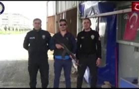 """Nusaybin polisi Türkçe ve Kürtçe """"Evde kal"""" klibi çekti"""