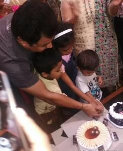 subodh bhave celebrate birthday with fans