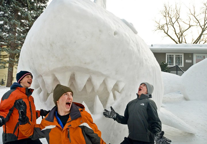 giant-snow-sculptures-bartz-brothers-7