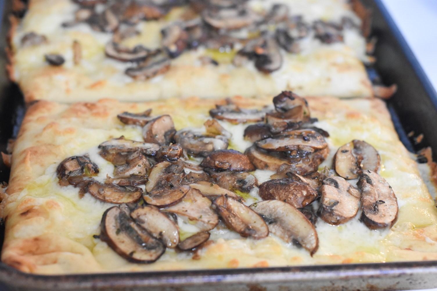 Hello Fresh mushroom flatbread