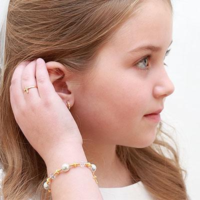 ideas-regalo-primera-comunion-donde-comprar-joyas-primera-comunion-alicante-joyeria-marga-mira-pendientes-primera-comunion-anillos-cruces-medallas
