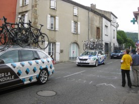 With the riders long past, all that's left are support vehicles, official cars, medical support, press, gendarmes........