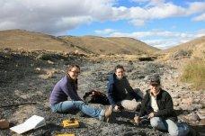 Clara, Ashley, and Jenny gathering fossil data.