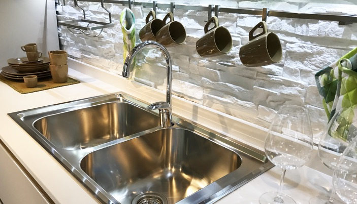 keep your kitchen sink looking great