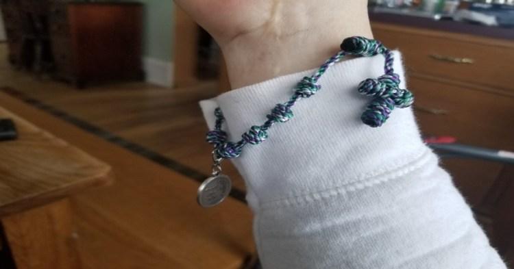 Our Lady Undoer of Knots, Bracelet