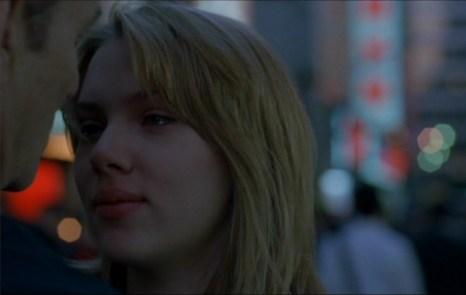 La meravigliosa amicizia che nasce sullo sfondo di una scintillante Tokyo tra Scarlett Johansson e Bill Murray in 'Lost in translation' (Sofia Coppola, 2003)