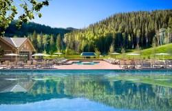 Outdoor Pool Signature - Summer