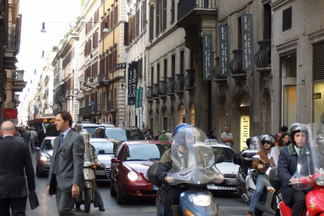 Italy Traffic and Rules of the Road