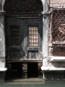 Secret glimpses in Venice by Valerie du Monceau
