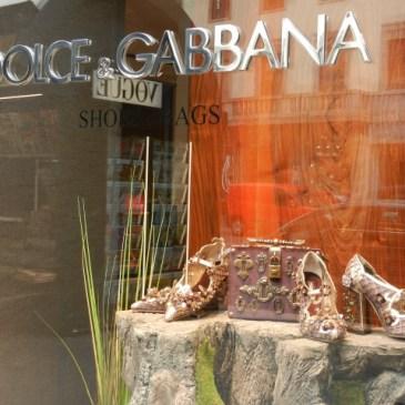 A Stroll Down Milan's Fashion Street – Via Monte Napoleone