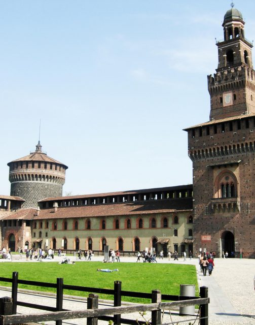 Sforza Castle Milan Source: https://commons.wikimedia.org/wiki/File:Sforza_Castle_Milan_from_internal_Court_yard.JPG