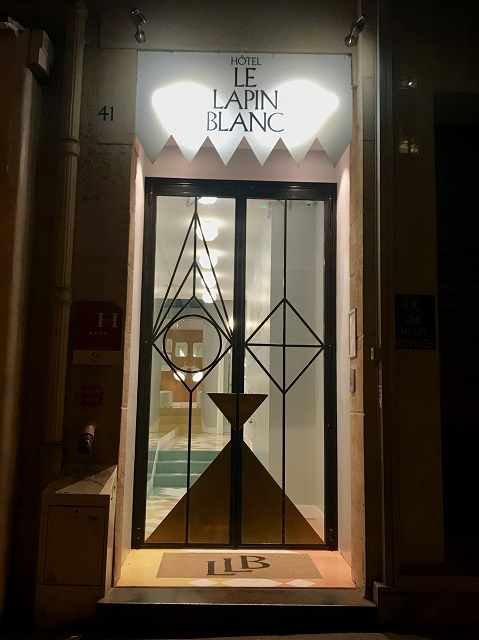 Hotel Le Lapin Blanc Paris Photo by Margie Miklas