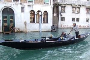 Venice-gondolier-Margie-Miklas
