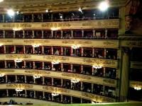 La Scala Photo by klik2travel (Flickr) https://www.flickr.com/photos/klik2travel/