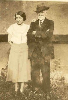 Madeline_O_Connor__with_father_Charles