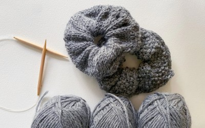 2 Free Scrunchie Knitting Patterns
