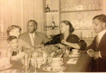 Leroy et al at Xmas ca 1958