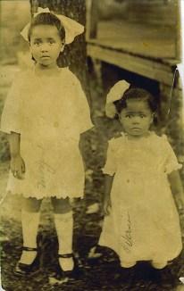 Margaret & Verna Lee circa 1920