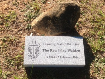 Islay Walden gravestone
