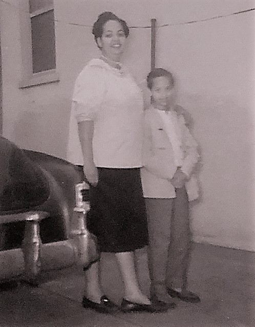 Aunt Perl and me 1957