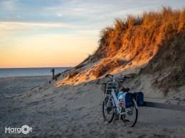 Zonsondergang bij ingang Paal 17 - Texel