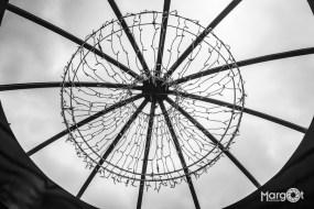 'Kroonluchter' bij ingang theater Flint - Amersfoort