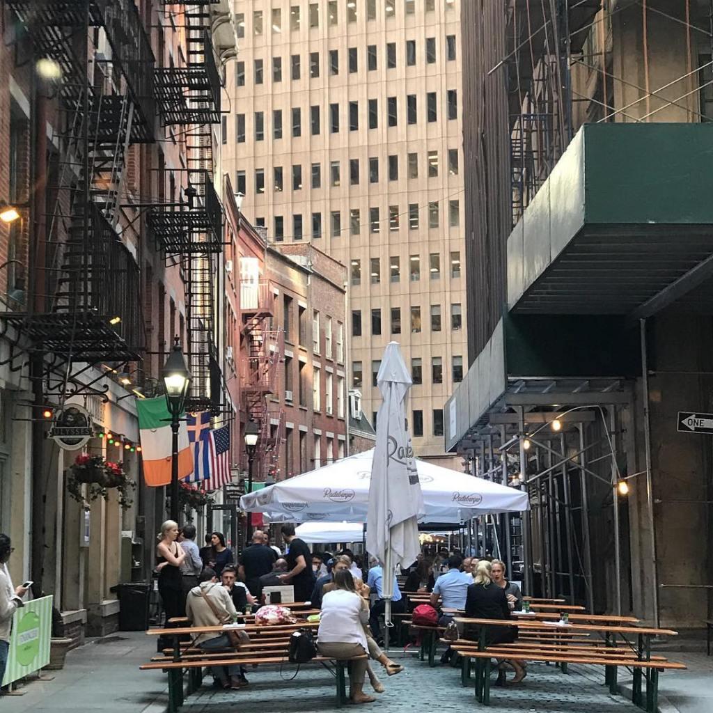 Stone Street dining, NYC