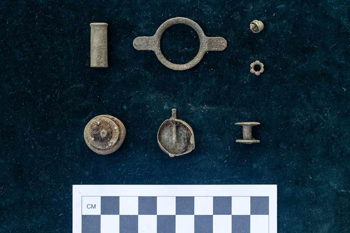 Artifacts 2