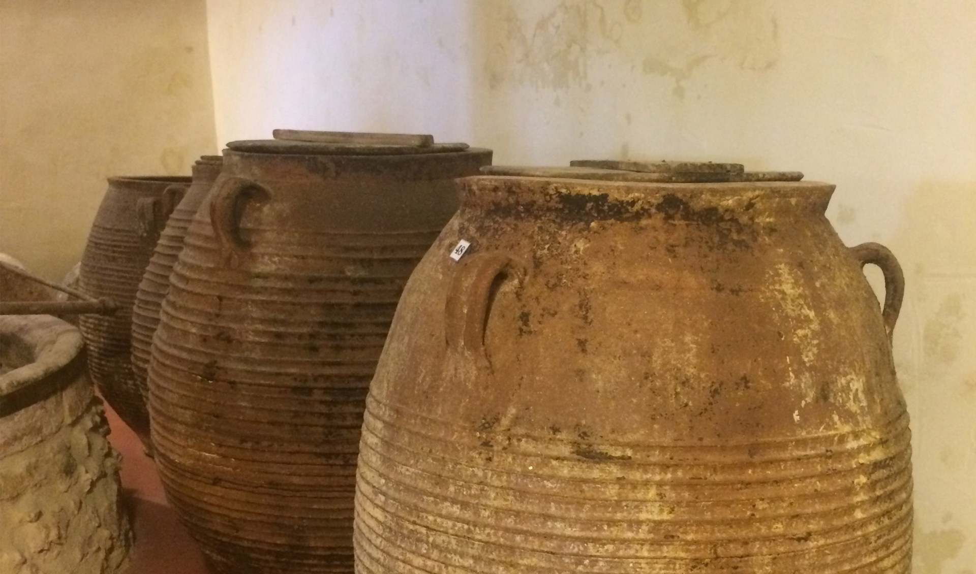 Crete ancient items, Tourism - Itineraries - Greek wine