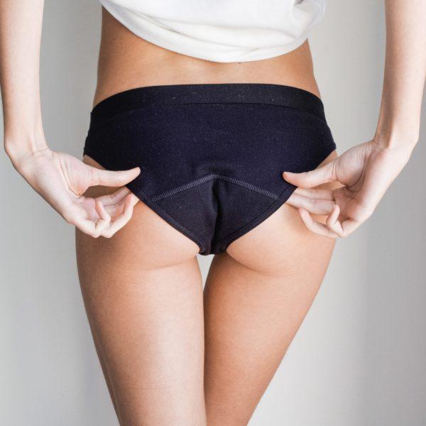 L'oculotte est une culotte menstruelle fabriquée en France. C'est un sous vêtement qui absorbe le sang des règles.