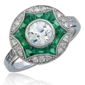 Diamond & Emerald Ring Image
