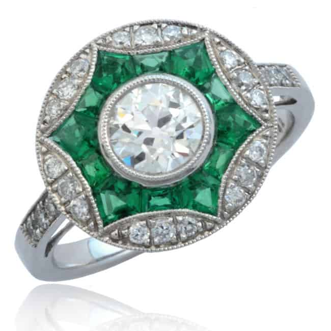 Diamond & Emerald Ring Image