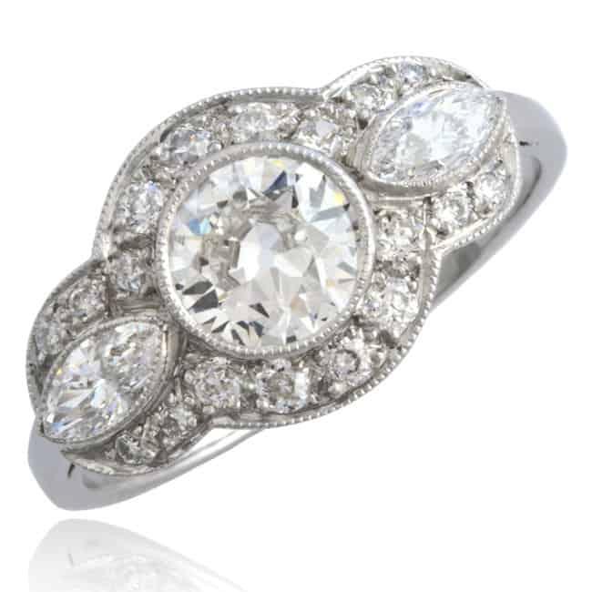 Diamond Engagement Ring, 18k white gold Image