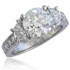 Engagement Ring with Half-moon cut Diamonds Image