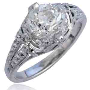 Platinum Diamond Bow-Design Ring Image