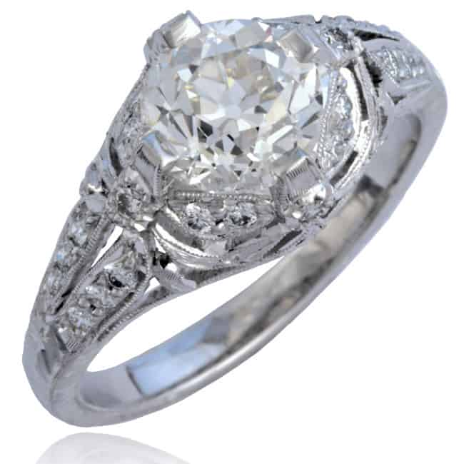 Platinum Diamond Bow-Design Ring Image