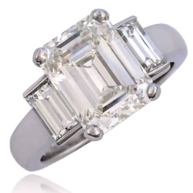 Spectacular Emerald cut Diamond Ring Image