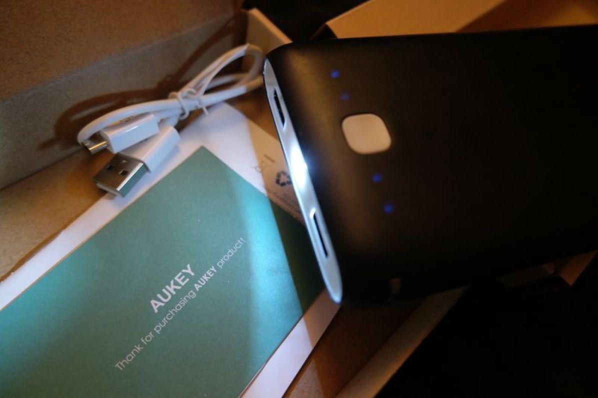 aukey-batterie-portable-01