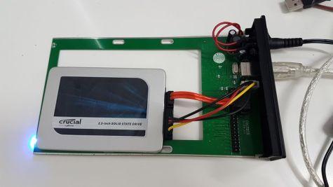 SSD connecté en USB au Macbook