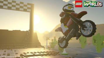 LEGO-Worlds-03