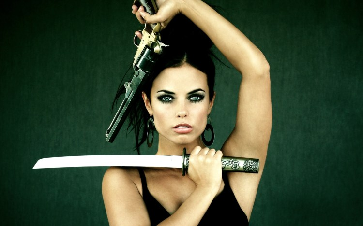 Wallpaper-girl-brunette-woman-gun-sword