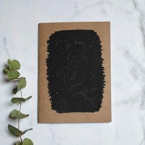 cuaderno artesanal constelaciones