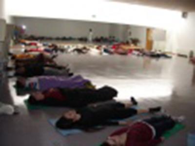 PEF grupo de meditación acostados