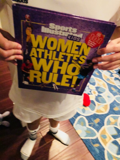Book Review-Women Athletes Who Rule! - mariadismondy.com